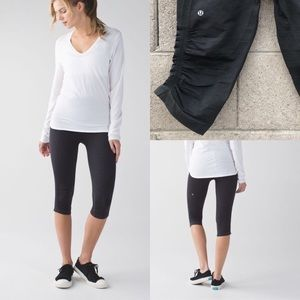 Lululemon In The Flow NWOT crop yoga pants